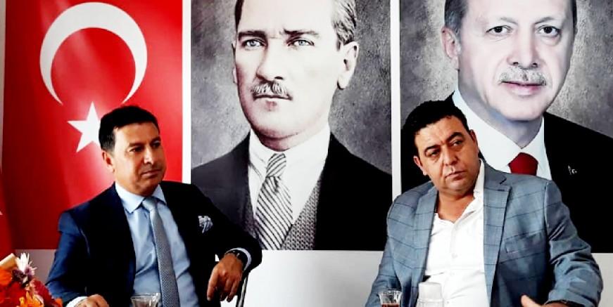 Ahmet Aras , AK Parti ilçe başkanı Osman Gökmen'i ziyaret etti