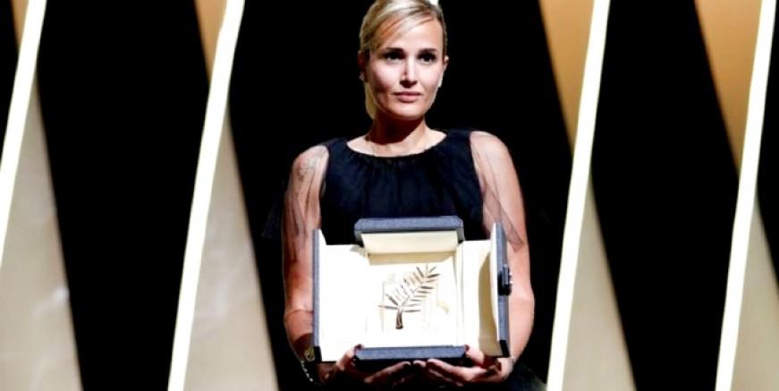 'Altın Palmiye' sahibini buldu: Cannes'da en iyi film 'Titane'