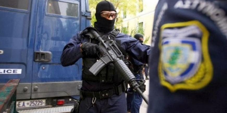 Atina'da FETÖ şebekesi operasyonu, 5 örgüt üyesi yakalandı
