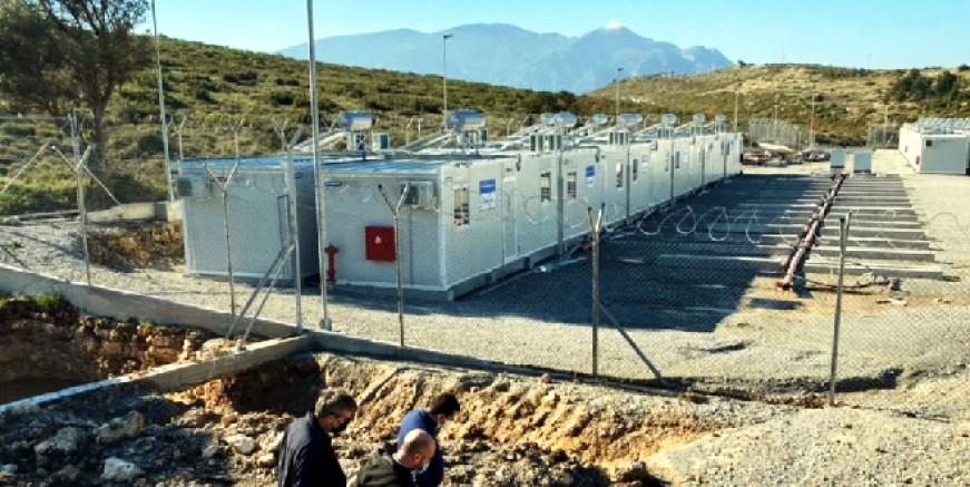 Avrupa'nın en büyük göçmen kampı Sisam Adası'nda açılıyor