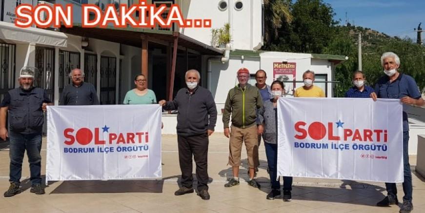 Belediye Başkanı Ahmet Aras'ı istifaya davet ettiler