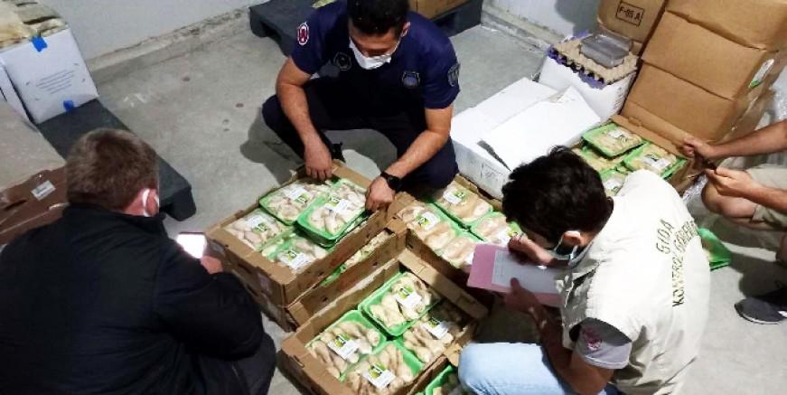 Bodrum'da 1 ton gıda imha edildi, bunları vatandaşa yedireceklerdi