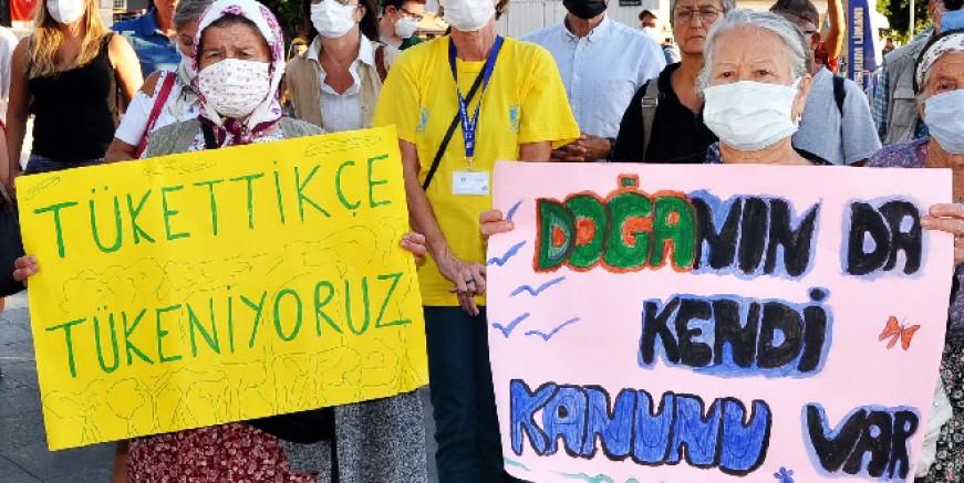 Bodrum'da küresel iklim eylemi: Ormanları ormancıdan korur hale geldik