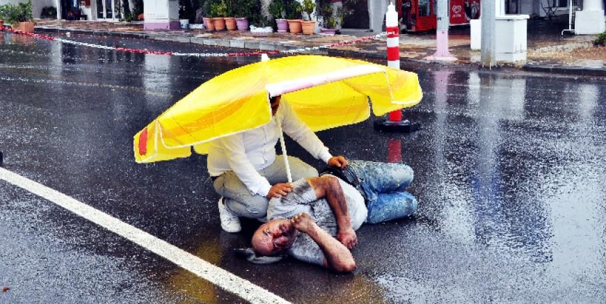 Bodrum'da sağanak yağış kazalara neden oldu