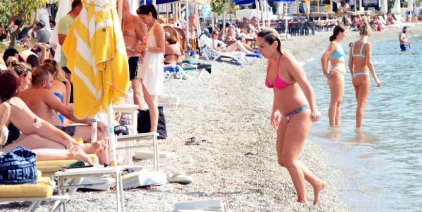 Bodrum'da sarı yaz tatil uzattı