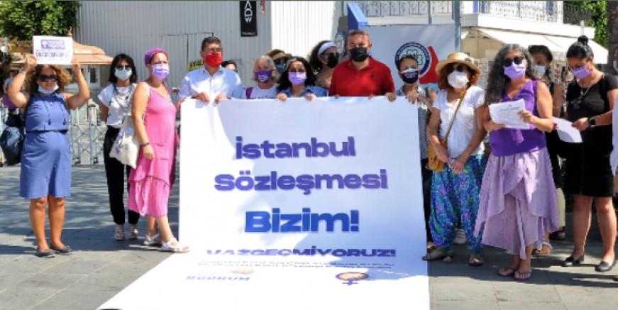 Bodrum Kadın Ağacı önünde İstanbul Sözleşmesi feshi eylemi yapıldı