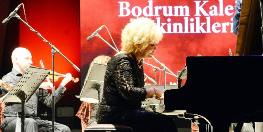 Bodrum Kale konserleri Gülsin Onay ile başladı