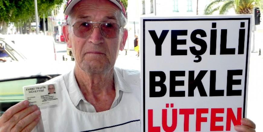 Bodrum'un çevreci ve trafik dedesi Galip Baran yaşamını yitirdi