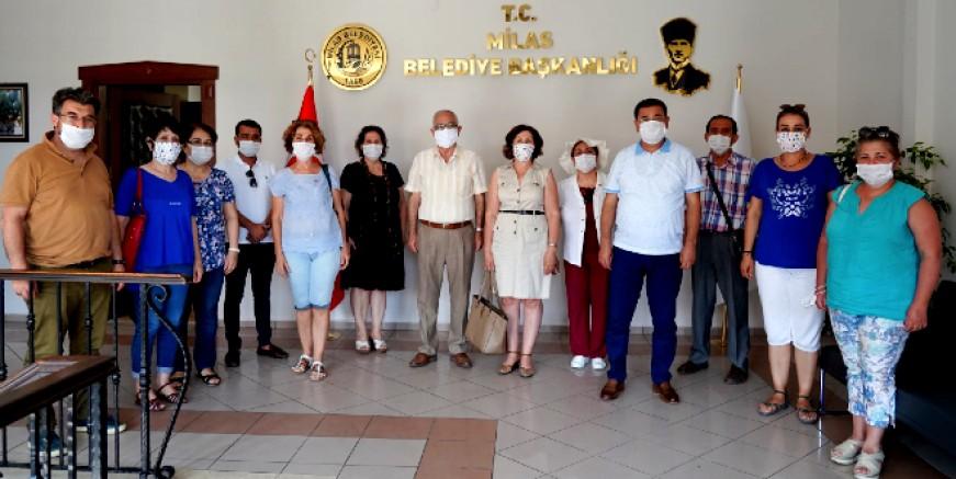 CHP'li kadınlardan belediye başkanı Tokat'a ziyaret