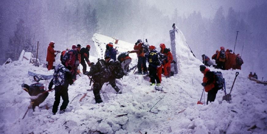 Çığ felaketi, 7 dağcı yaşamını yitirdi
