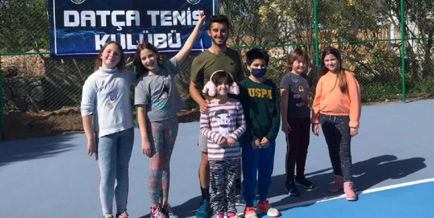 Datça Tenis Kulübü açıldı, 7 'den 77'ye tenis severlere