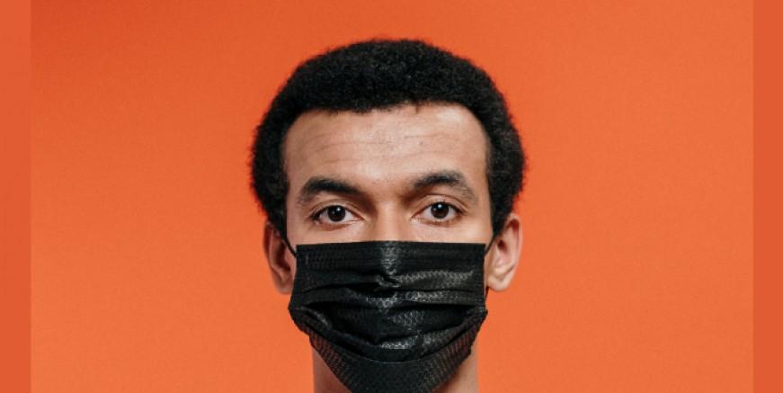 Eğitim-Sen'den siyah maskeli protesto