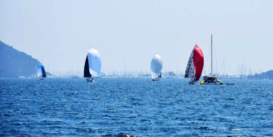 Erol Metin Erdoğan Kupası Yelkenli Yat Yarışları yapıldı