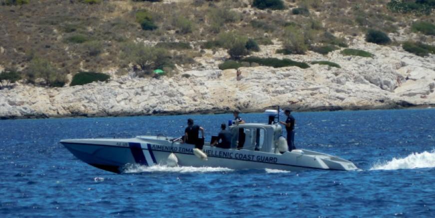 Girit açıklarında göçmenlerin bulunduğu tekne battı