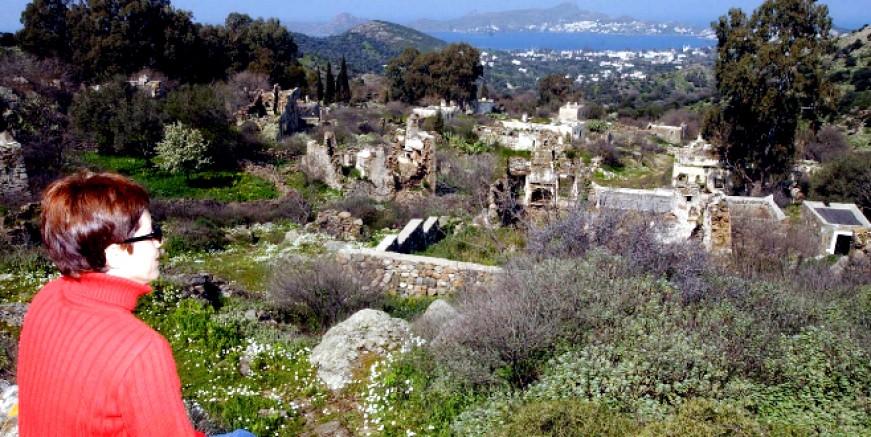 Kaderine terk edilen 600 yıllık Sandıma köyü yeniden canlanıyor