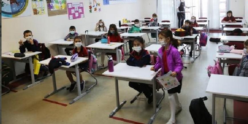 Milas'ta 13 sınıf kapatıldı, 340 öğrenci karantinaya alındı