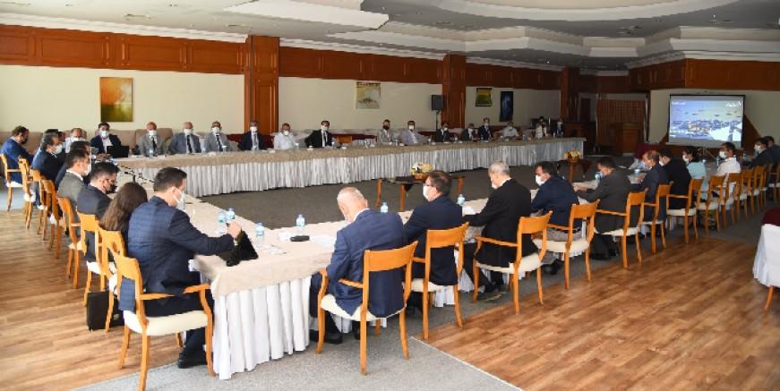 Muğla Valiliği'nde AYDEM elektrik sorun ve yatırımları toplantısı yapıldı