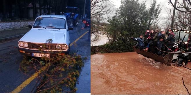 Muğla'ya 24 saatte 400 kg yağış düştü, ekipler 13 ilçede teyakkuza geçti