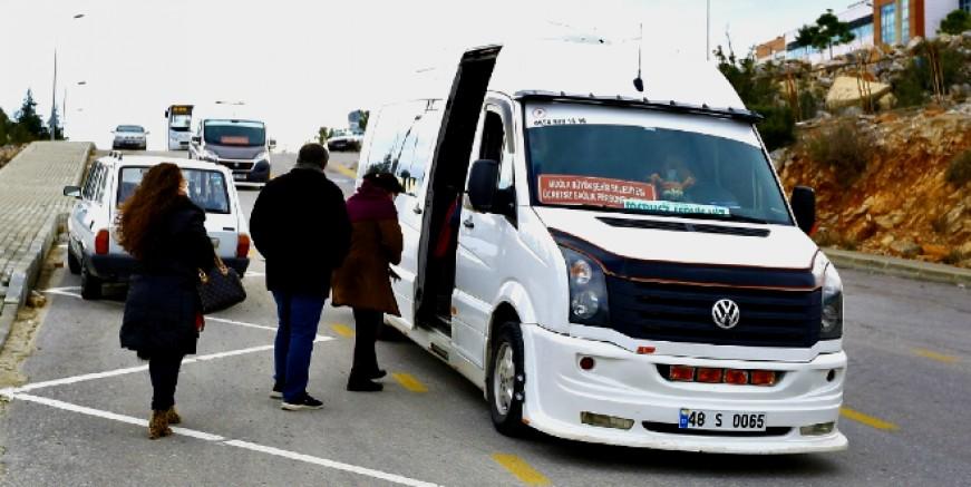 'S' Plakalı araçlar ile sağlık personellerine ücretsiz ulaşım imkanı sağlanıyor