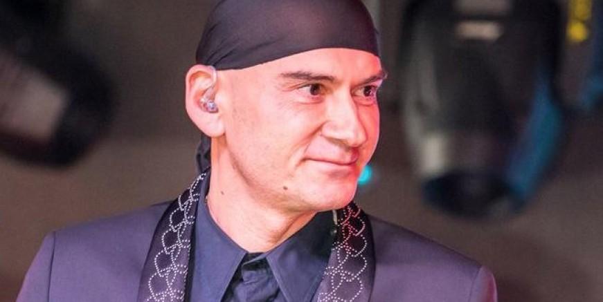 Şarkıcı Altay'da coronavirüse yakalandı