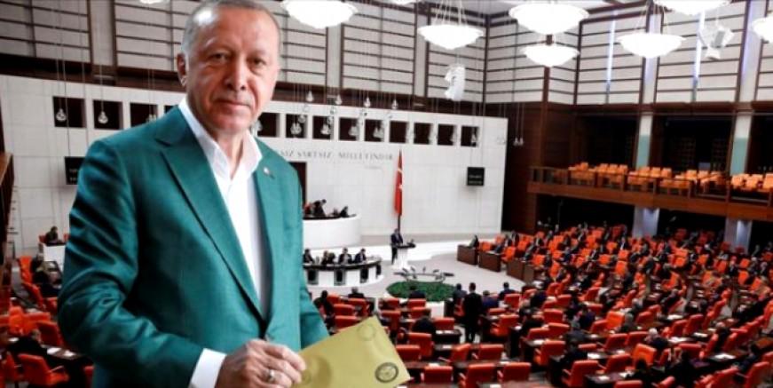 Seçim geliyor mu? Seçim barajı düşüyor mu? Cumhurbaşkanı Erdoğan'ın masasında 4 alternatif var..