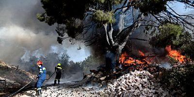 Ege alev gibi , fırtına geliyor, yüksek yangın riski uyarısı yapıldı