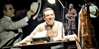 Ferhat Göçer'den tiyatro  tadında konser. Sabahattin Ali'nin hayatını şarkılarıyla anlattı
