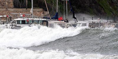 Meteoroloji'den Ege için fırtına uyarısı, 75 km. hızla geliyor