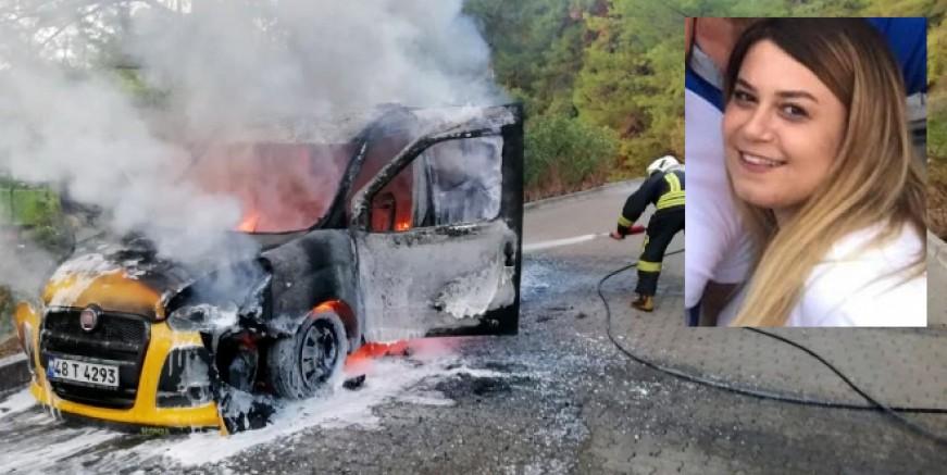 Ticari taksi alev alev yandı, kadın sürücü ölümden döndü
