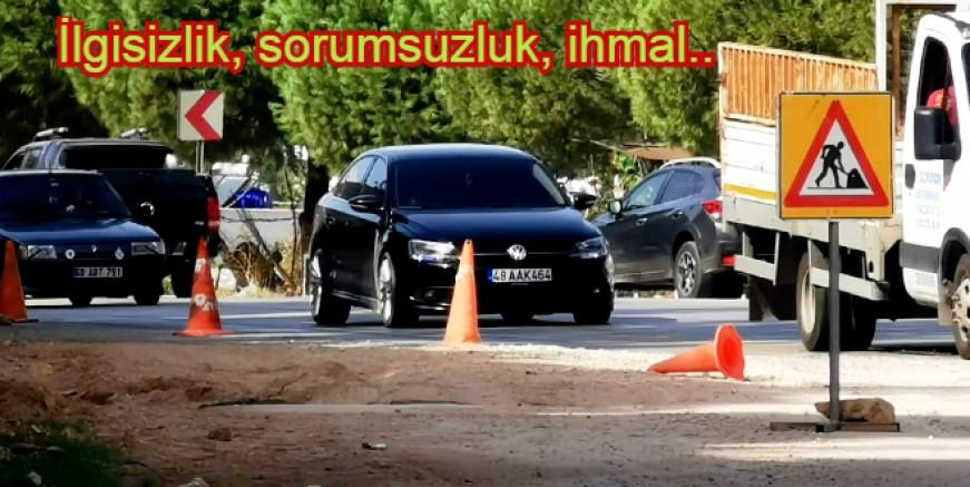 Torba'da 12 günde 10 metrelik yolu yapamadılar, tehlike saçıyor..!