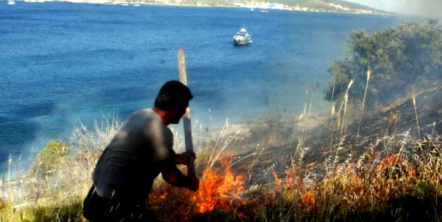 Türkbükü'ndeki  Büyük Ada yandı