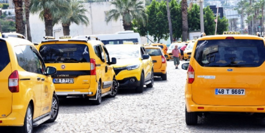 Valilikten ticari taksicilere ciddi uyarı