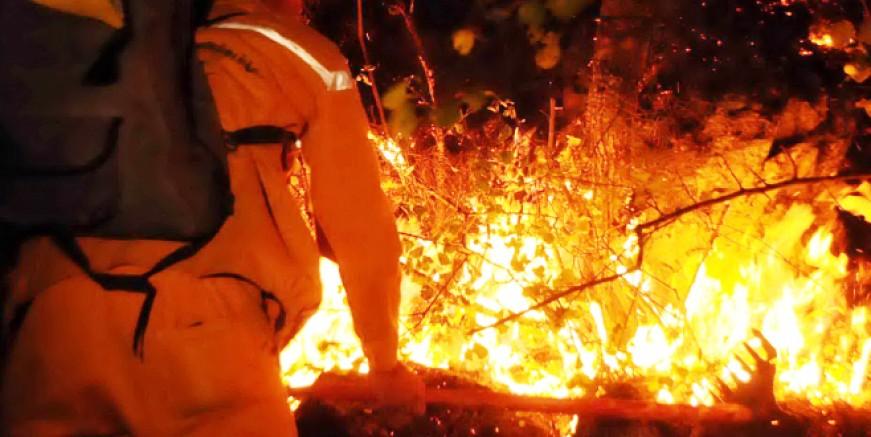 Yangından acı haber: Alevlerin arasında kalan 2 yangın işçisi hayatını kaybetti