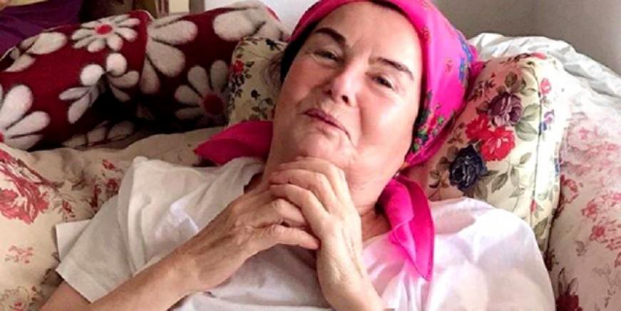 Yeşilçamın ünlü yıldızı Fatma Girik hastaneye kaldırıldı