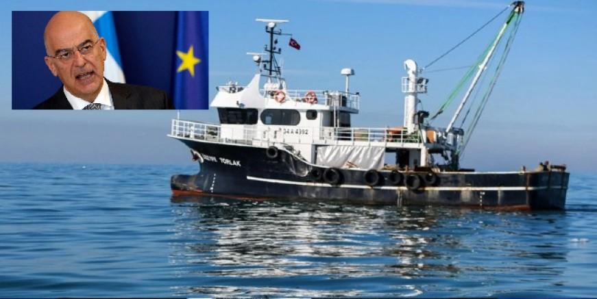 Yunanistan Dışişleri Bakanı Dendias Ege'de kriz peşinde, balıkçıları bahane ederek nota verdiler
